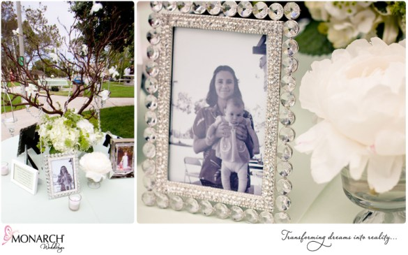 Memorial-table-for-loved-ones-that-passed-at-shabby-chic-park-wedding