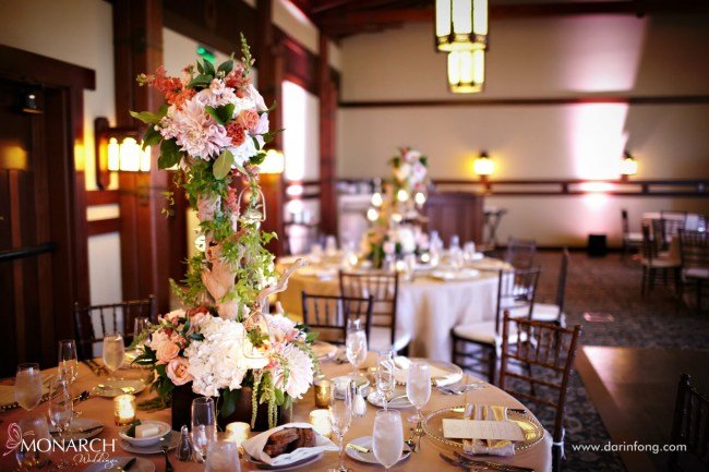 Lodge-at-Torrey-pines-wedding-alfred-mitchell-driftwood-centerpiece
