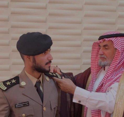 """""""الدعجاني"""" يحتفل بتخرجه من كلية الملك فهد الأمنية"""