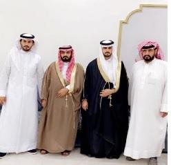 """""""العماني"""" يحتفل بزواجه بتثليث"""