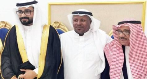 بالأهازيج الحساوية.. أسرة السلطان يزفون عبدالله
