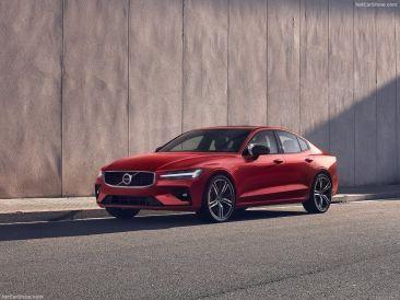 Volvo S60 2019 rouge face avant