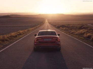Volvo S60 2019 rouge