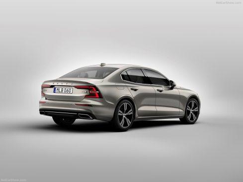 Volvo S60 2019 3/4 arrière