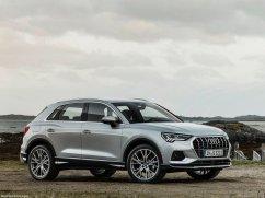 Audi Q3 2019 gris de profile