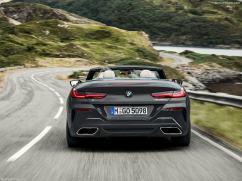 BMW Série 8 Cabriolet 2019 vue arrière sur route