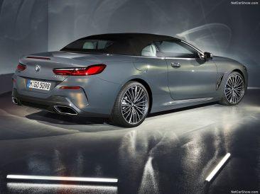 BMW Série 8 Cabriolet 2019 en studio