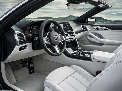 BMW Série 8 Cabriolet 2019 intérieur avant