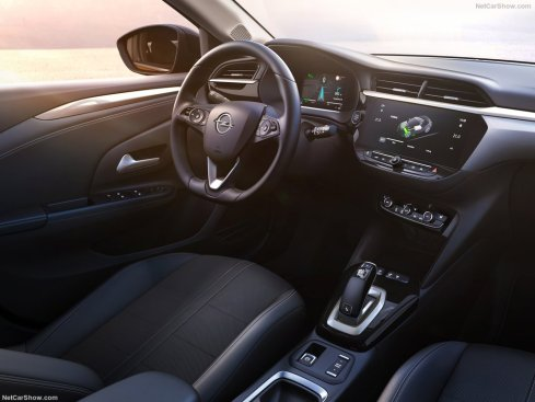 Opel-Corsa-e-2020-1024-09