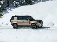 Galerie Land Rover Defender 2020 version 110 sur la neige