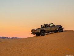 Jeep Gladiator Mojave desert
