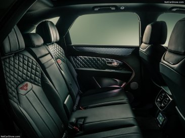 places arrière Bentley Bentayga 2021
