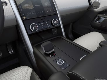 Land_Rover-Discovery-2021-1024-2b