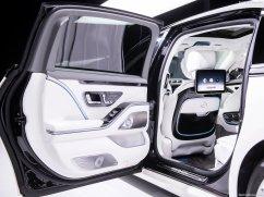 Mercedes-Benz-S-Class_Maybach-2021-1280-4a