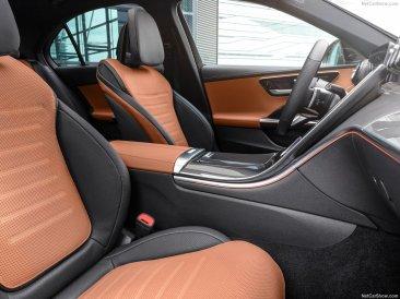 Mercedes Classe C 2022 intérieur