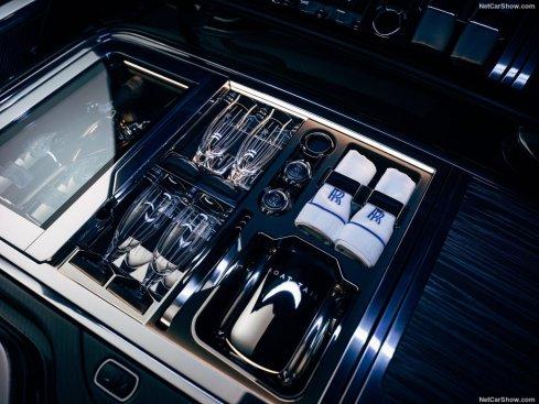 Vaiselles Rolls-Royce Boat Tail