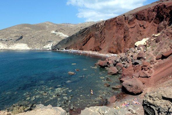 santorin-red-beach