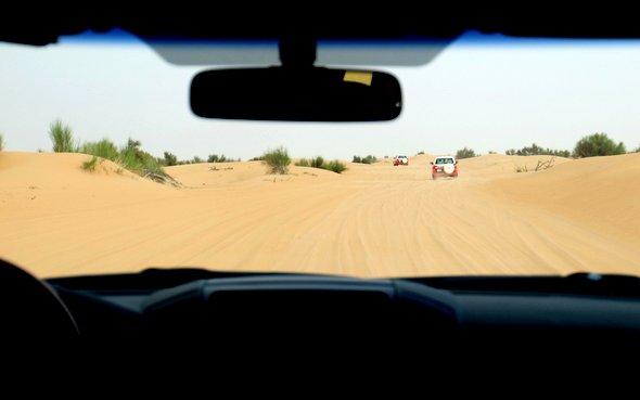 dubai-rallye-desert