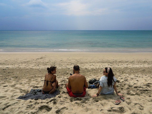 Tiago, Fernanda and Cris in a beach in Koh Lanta, Thailand