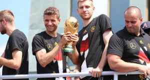 Per-Mertesacker-retraite-internationale