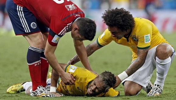 Lesione ad una vertebra per Neymar, mondiale finito