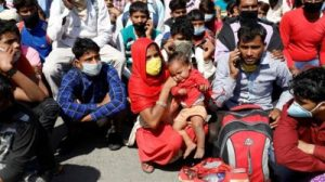 Le confinement catastrophique en Inde punit les pauvres tout en sapant les efforts pour arrêter la propagation du coronavirus