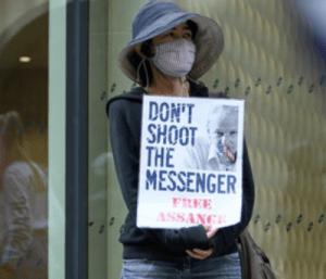 La campagne sans précédent et illégale pour éliminer Julian Assange