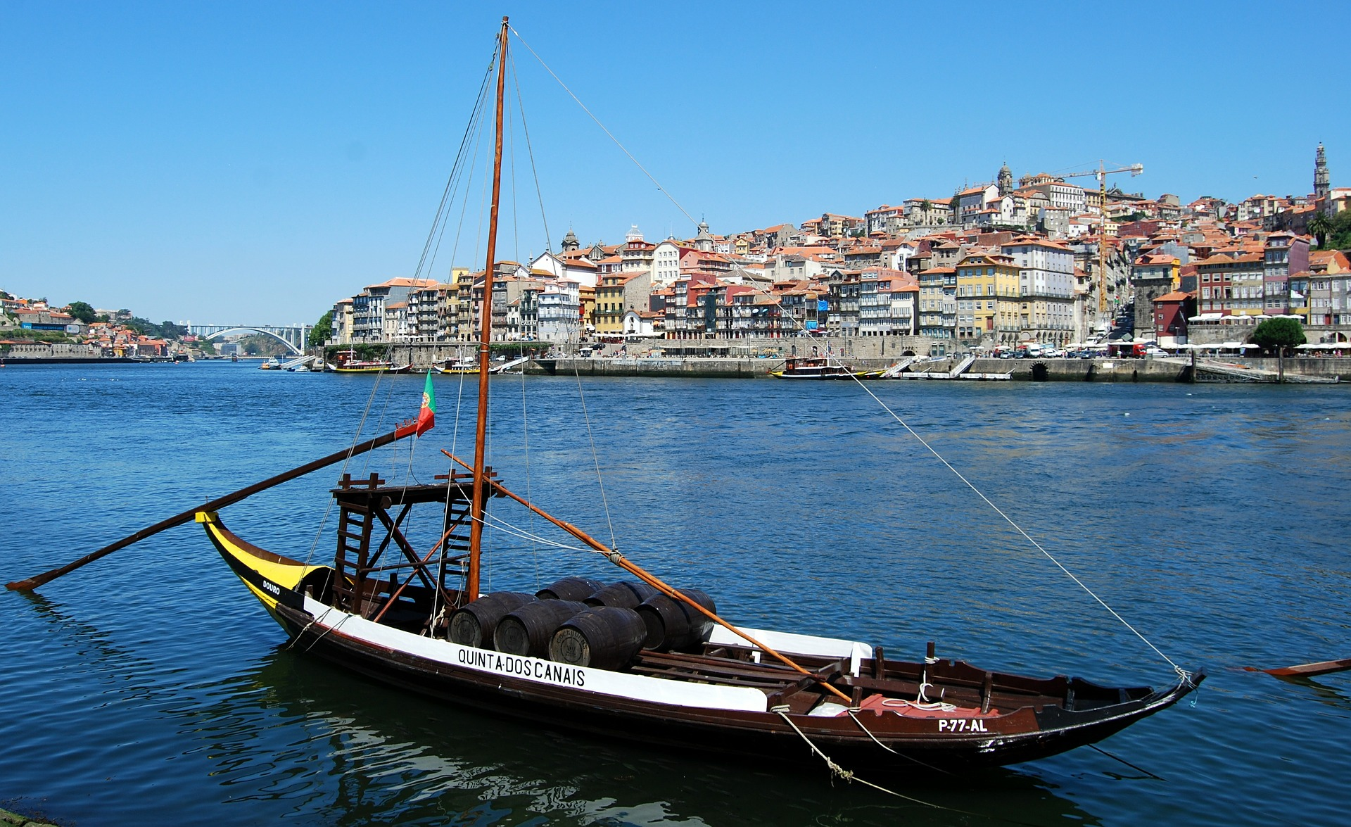 Abrir una empresa en portugal expansi n a portugal for Oficina turismo oporto