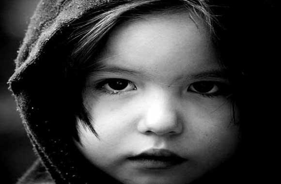 bambina-triste