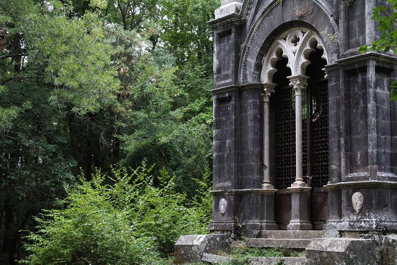 mausoleo cahen bosco del sasseto