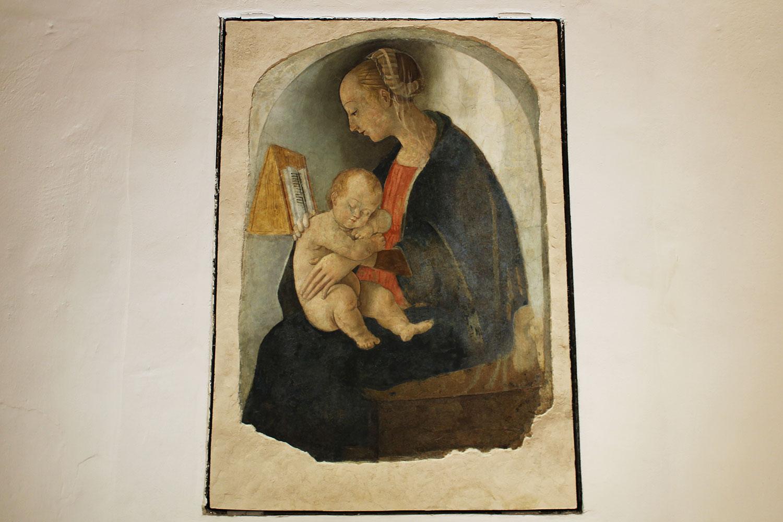 urbino casa natale di raffaello madonna con bambino