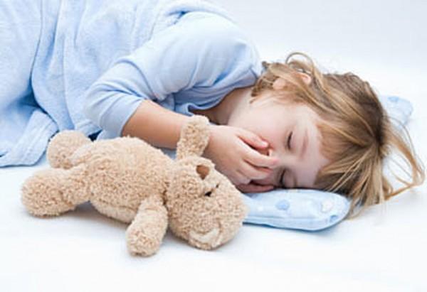 dormire con i peluches