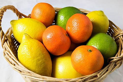 Agrumi, colori e vitamine