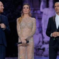 """Ilary Blasi """"ruba"""" il Summer Festival alla Marcuzzi e il vestito alla Mello"""