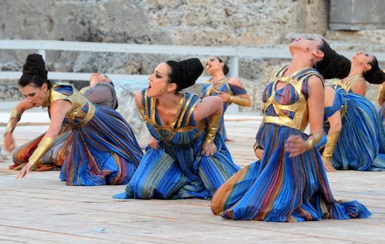 Risultati immagini per tragedia greca