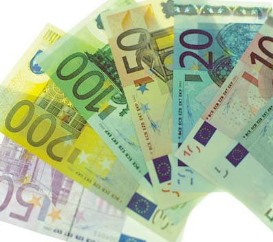 https://i1.wp.com/www.mondopoliticablog.com/wp-content/uploads/2008/03/banconote.jpg