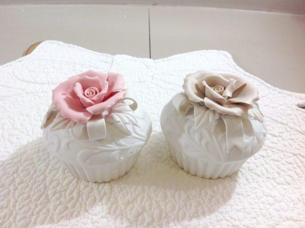 Coccole di Casa Scatolina in porcellana con rosa beige