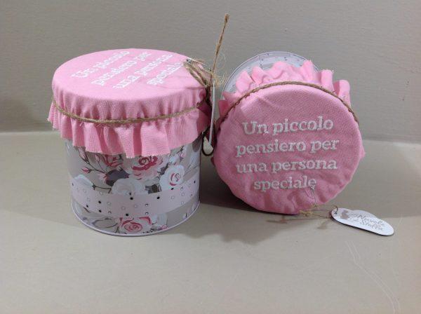 Nuvole di Stoffa barattolo in latta con canovaccio rosa con scritta serie Sophie
