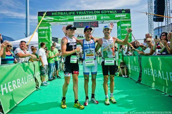 Il podio maschile dell'Herbalife Triathlon Gdynia 2014, dall'anno prossimo Ironman 70.3 Polonia