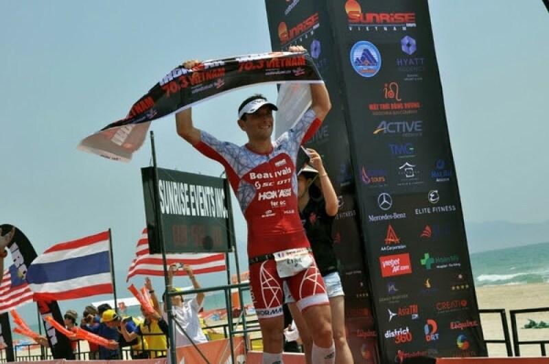 Il francese Cyril Viennot è il più veloce all'Ironman 70.3 Vietnam