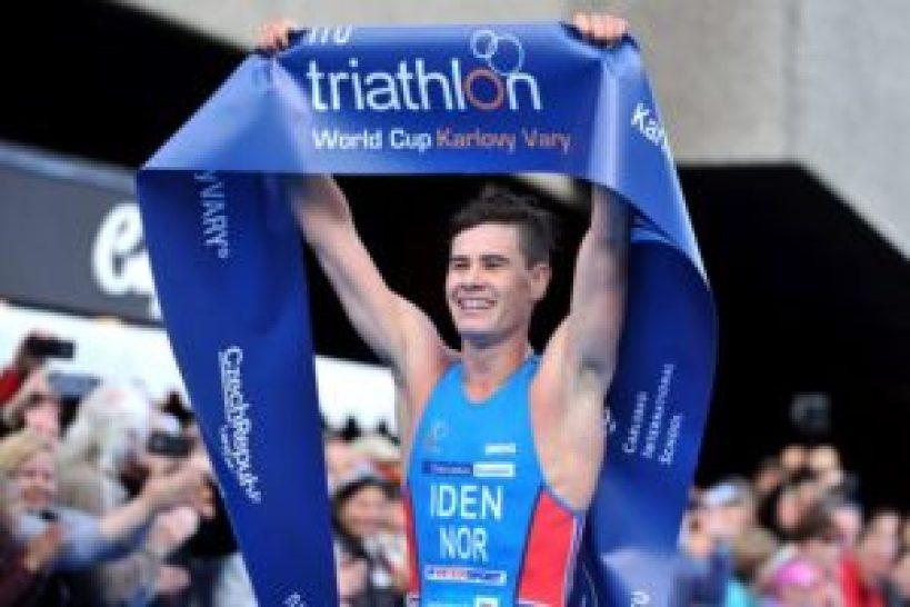 Il norvegese Gustav Iden vince per la prima volta una prova di Coppa del Mondo alla Karlovy Vary ITU Triathlon World Cup 2017 (Foto ©ITU Media / Janos Schmidt)