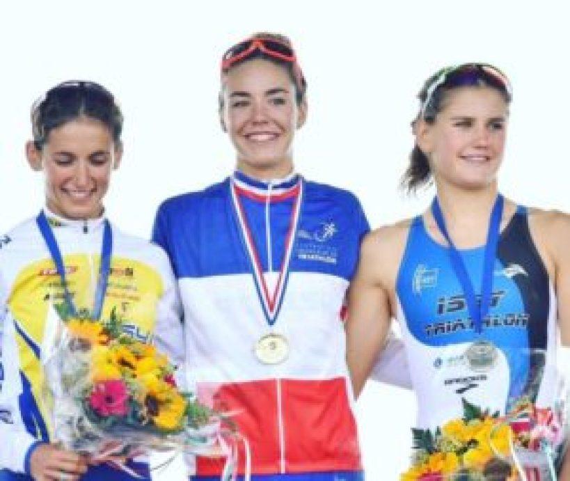 Cassandre Beaugrand si laurea campionessa francese di triathlon sprint 2017 a Quiberon. Leonie Periault ed Emilie Morier sono medaglia di argento e di bronzo
