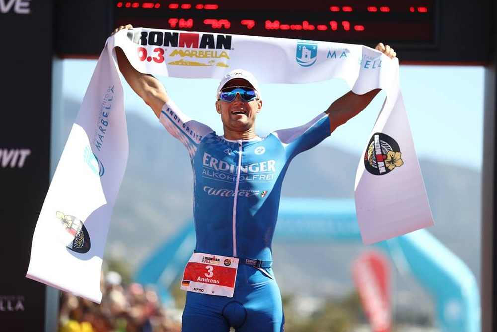 Il tedesco Andreas Dreitz vince l'Ironman 70.3 Marbella 2019.