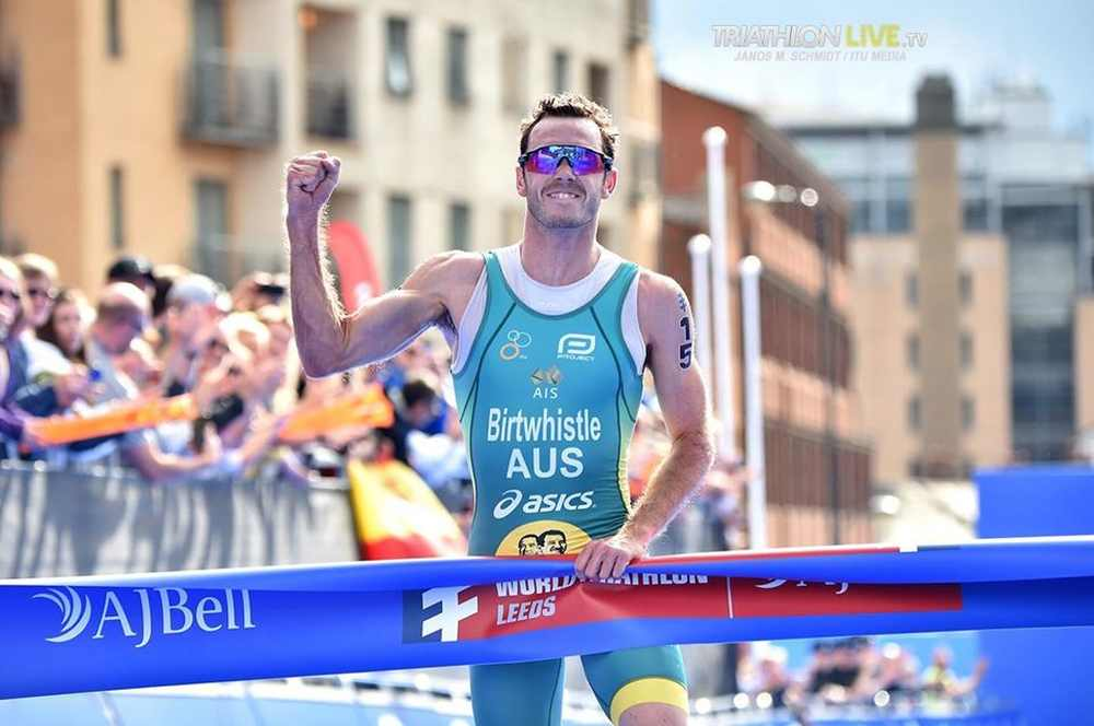 L'australiano Jakob Birtwhistle vince il suo primo ora in una tappa di WTS. Lo fa a Leeds domenica 9 giugno 2019 (Foto ©Janos Schmidt / ITU Media).