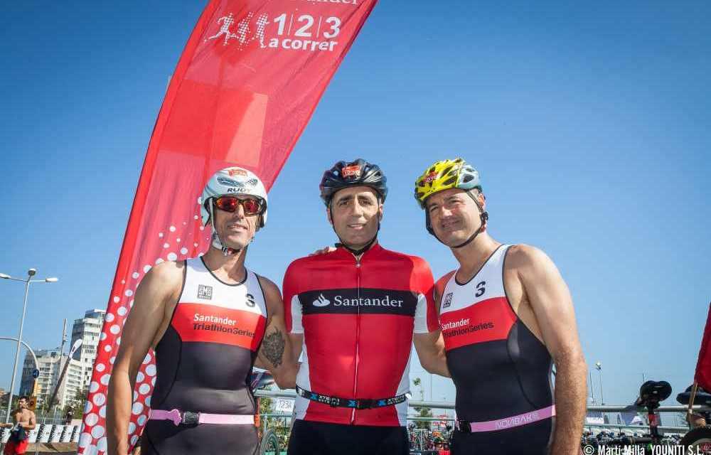 Miguel Indurain al via del Santander Triathlon di Madrid