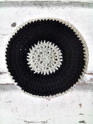 Kippa Jordan gehäkelt schwarz beige - MONDSPINNE