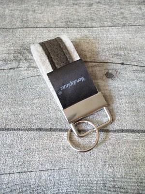 Schlüsselanhänger de luxe hellgrau braun Wollfilz Leder - MONDSPINNE