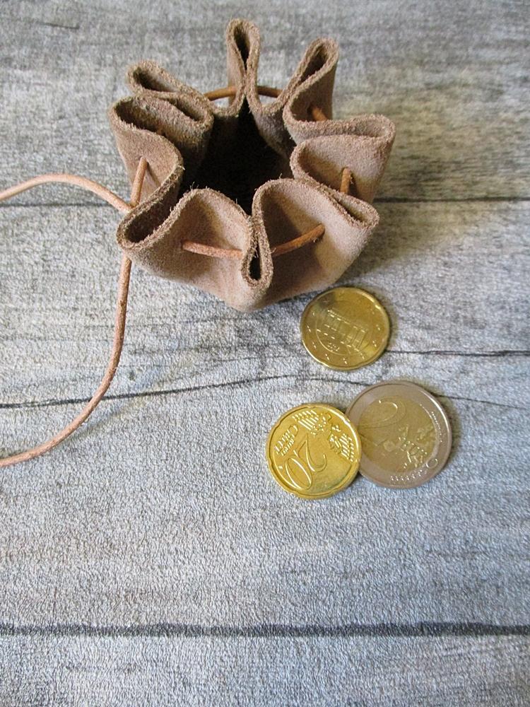 Mini-Lederbeutel beige natur Rindswildleder - MONDSPINNE