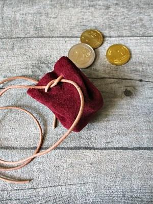 Mini-Lederbeutel weinrot natur Rindswildleder - MONDSPINNE