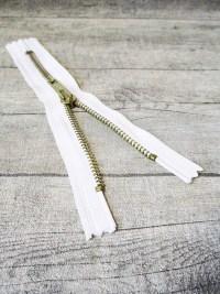 Reißverschluss weiß messing 16 cm lang 3 cm breit YKK - MONDSPINNE